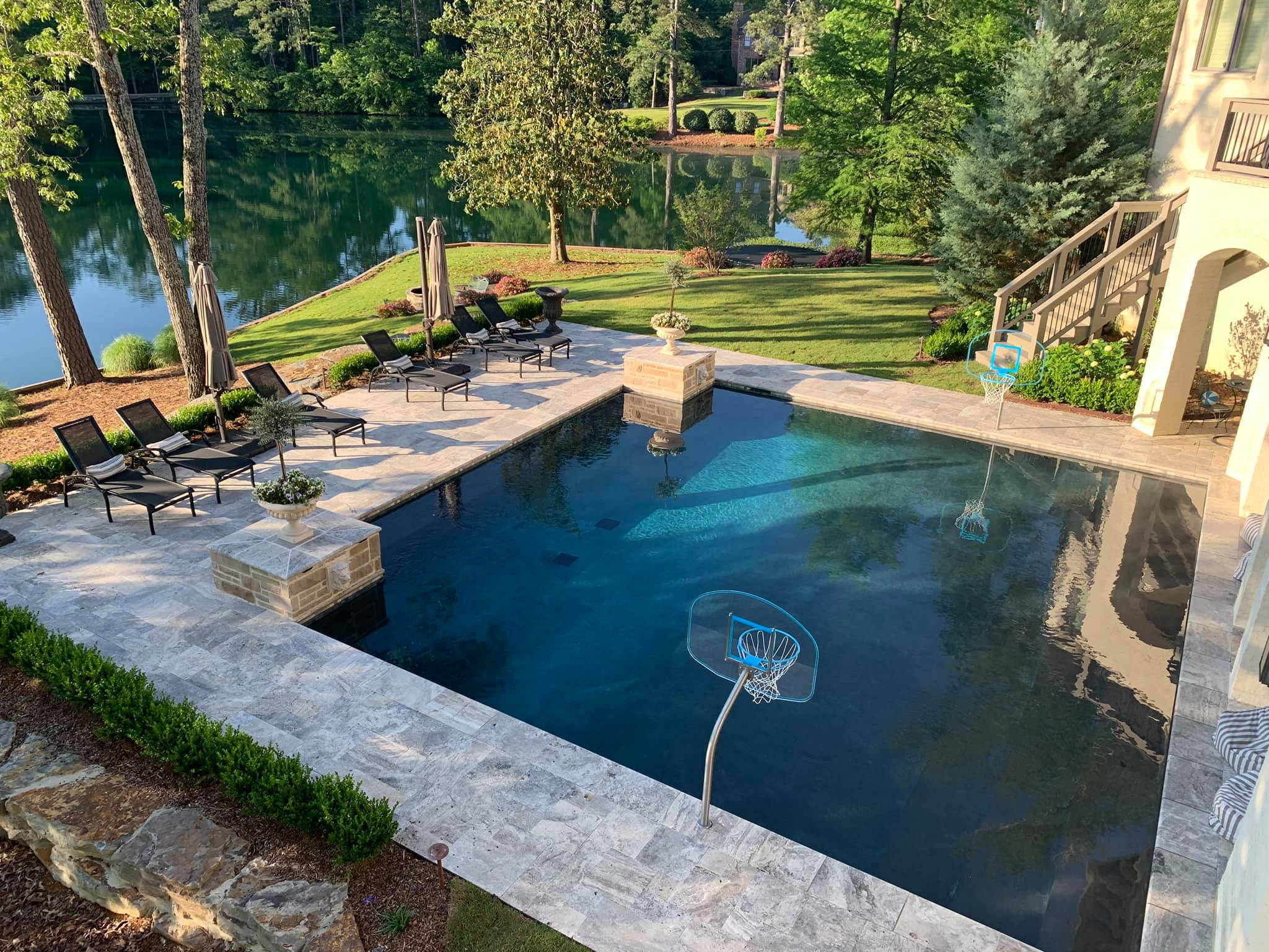 Beautiful Gunite Pool at Smith Lake Alabama | Mancha Hardscapes