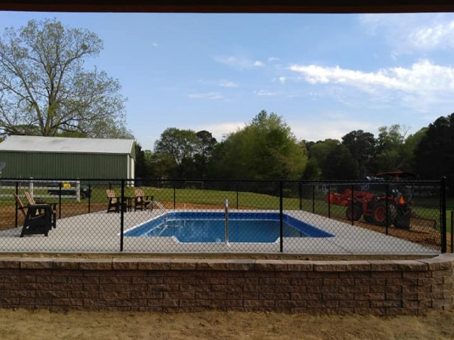16x32 Vinyl Liner Pool, Retaining Wall and Fence
