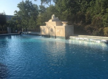 08_large_gunite_pool_birmingham.jpg