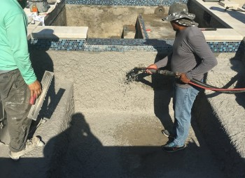 09_gunite_pool_hoover_al.jpg