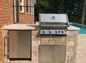 09_outdoor_kitchen.jpg