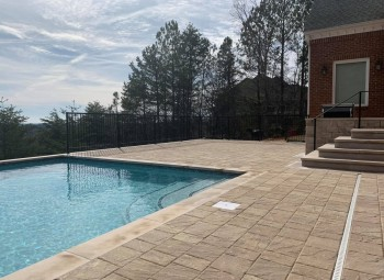 607_gunite_pool.jpg
